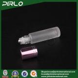 Rolle des bereiften Glas-10ml auf Flasche mit Metalrolle und roter Schutzkappe