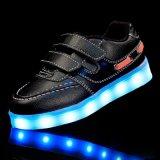 소년을%s 신발 LED 단화 빛이 제조자 최고 질 싼 가격에 의하여 LED 구두를 신긴다