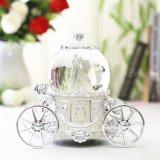 Hars Snow Globe Wedding met LED en Music Function