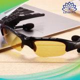 無線Bluetoothのヘッドセットのサングラスのステレオはヘッドホーンのハンズフリーのイヤホーンを遊ばす