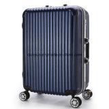 工場標準的で堅いカバートロリー箱、カスタムさまざまなカラーパソコン車輪が付いている物質的な旅行荷物袋