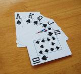 Голубое Техас держит их карточки покера