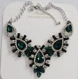 De Halsband van de Tegenhanger van het Kristal van dame Fashion Jewelry Metal Alloy Glas (JE0212)