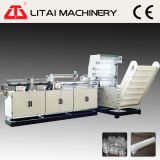 Copo plástico automático que conta a máquina