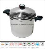 Grande POT profondo delle azione di minestra con il coperchio della cupola