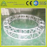 Exposition annonçant l'armature verticale en aluminium de cercle de broche de matériel