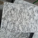 La Chine Flamed Spray White Granite Tiles/Slabs pour Stair Steps/Flooring Tiles