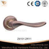 AC красит ручку рукоятки двери Zamak нутряную деревянную на розетке (Z6101-ZR11)