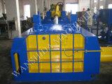 スクラップの承認される鋼鉄梱包機のセリウムを押し出しなさい