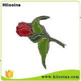 공장 직접 판매 독수리 접어젖힌 옷깃은 중국 Wholesa 접어젖힌 옷깃 핀 꽃과 심혼에 의하여 형성된 접어젖힌 옷깃 핀을 핀으로 꼿는다