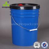 secchio di plastica blu della benna dell'olio lubrificante 20L con il coperchio nero con il becco
