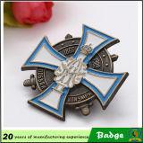 Значки Pin конструкции высокого качества латунным подгонянные материалом
