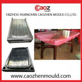 良質のプラスチックか長方形のダイニングテーブル型