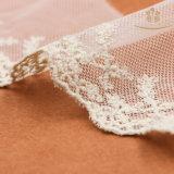 L30014網の綿のレースは衣服のためのトリムをひもで締める