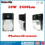 Preço de fábrica 120lm / W Garantia de 5 anos 100-277V Photocell IP65 Waterproof 20W Outdoor LED Wall Lights