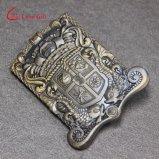 Kundenspezifische Golddecklack-Revers-Stifte für Geschenke (LM1046)