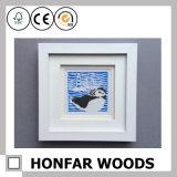 Moderner weißer hölzerner Abbildung-Foto-Rahmen für Tischplattendekoration