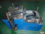 Moulage par injection en plastique professionnel de haute précision de la Chine pour la pièce de voiture (WBM-2012074)