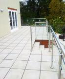 Railing балкона нержавеющей стали стеклянный с столбом нержавеющей стали круглым