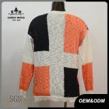 Пуловер цвета контраста креста способа женщин