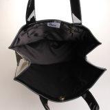 Dos tallas impermeabilizan a señora de bolsos negra de compras del PVC bolso (H013)