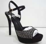 Les nouvelles chaussures de femmes de modèle imperméabilisent des santals de chaussures de hauts talons de plate-forme