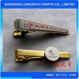 光沢がある銀によってめっきされるエポキシの円の鋳造のブランドの平行棒のタイクリップ