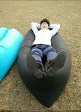 Saco de sono inflável barato do sofá do lugar frequentado de Lamzac da base do sono da banana de Laybag do sofá do ar rapidamente
