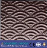 波デザインColorboの大きいサイズの内部は3D壁パネルを飾る