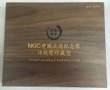 Rectángulo conmemorativo de madera de la colección de moneda de la nuez