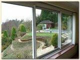 Способ и полезные удобные сползая окно и дверь