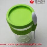 Mehrfachverwendbarer freier Plastikkaffee-trinkendes Cup mit Löffel
