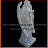 Monumento conmemorativo del ángel con la cruz en el mármol mm1732