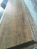 O PVC luxuoso seca telhas de assoalho/pranchas traseiras (a grão de madeira)