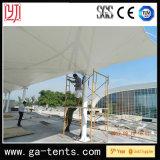 Im Freiendach-Zelt für die Oberseite des Hauses