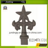 装飾用の錬鉄の塀かゲートのやりヘッド