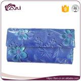 2017년 Fani 최신 디자인 진짜 가죽 지갑 주문 유명 상표 꽃에 의하여 돋을새김되는 여자 지갑