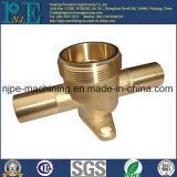 Изготовленный на заказ высокая точность выковала латунное соединение трубы