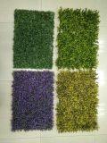 Painéis artificiais da grama verde para a decoração da cerca
