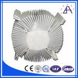 Dissipatore di calore di alluminio chiaro solare del fiore LED