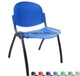 黒いフレーム(LL-0012)が付いているフラッシュ家具のポンドの黒のポリプロピレンスタック椅子