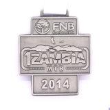 Médaille courante de marathon en métal 27k/10k de sports