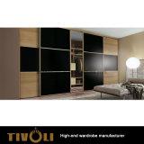 高い木の戸棚のワードローブの寝室のワードローブのキャビネットTivo-0047hw