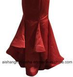 人魚の新婦付添人は特別なデザインストラップレスの背部が開いたサテンのパーティー向きのドレスに服を着せる