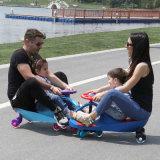O carro do balanço do bebê do carro da torção das crianças caçoa o carro original do plasma