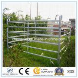 O gado tubular do metal/os trilhos cerca da vaca/cavalo galvanizou o painel da cerca da fazenda de criação