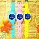 مزح [إيب67] مسيكة [غبس] جهاز تتبّع ساعة مع يتعدّد لغات و [سس] زرّ ([د11])