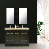 Тщета раковины ванной комнаты тазика американского пола стоящая деревянная двойная