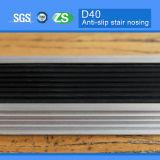 Steunbalk-bewijs Rubber Opgenomen Aluminium Gebogen Nosing van de Trede