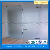 4-12mmのゆとりの酸のエッチングされた緩和されたガラスのシャワーガラスのドア